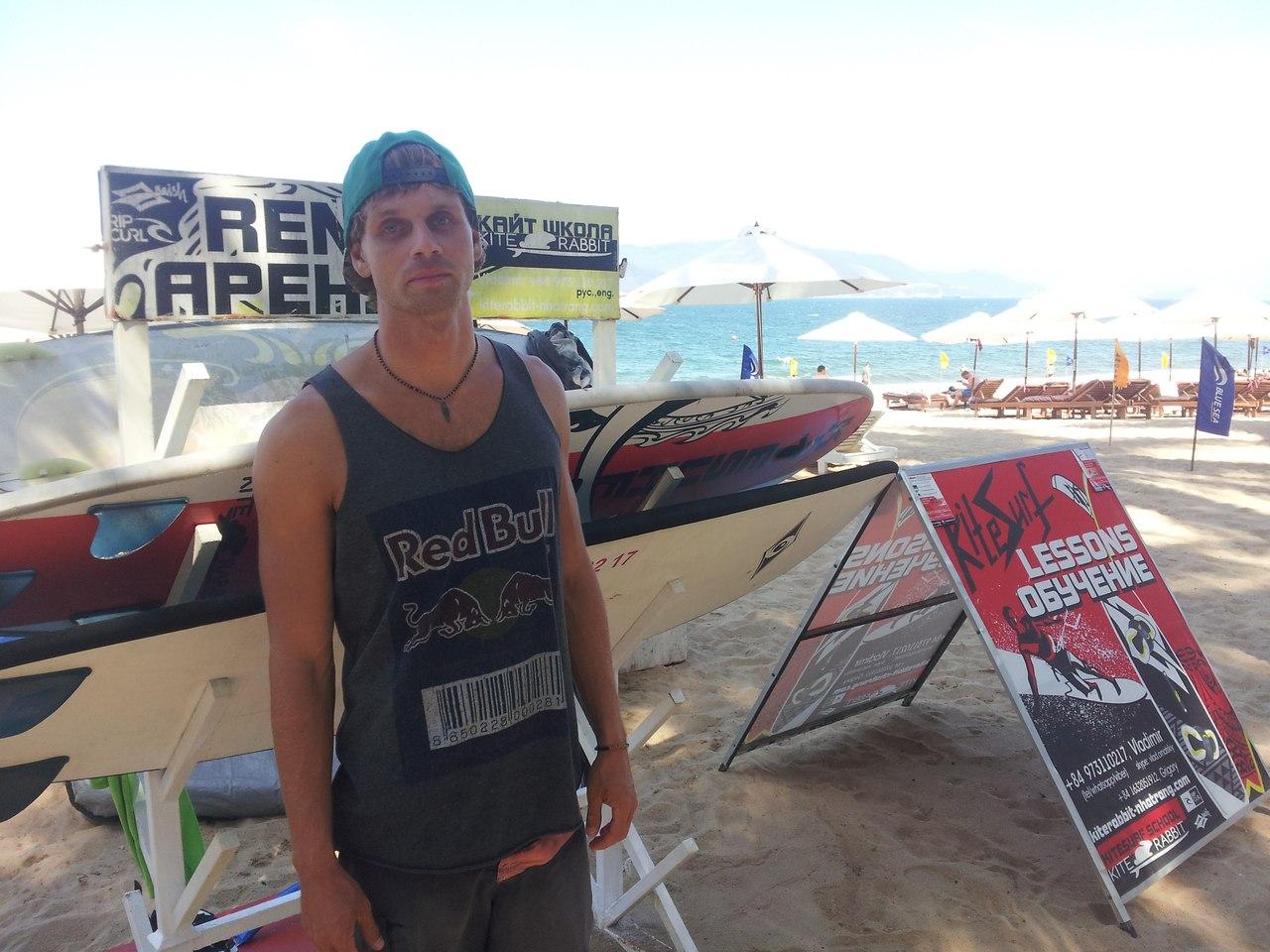 инструктор по серфингу в нячанге surfing vietnam nha trang
