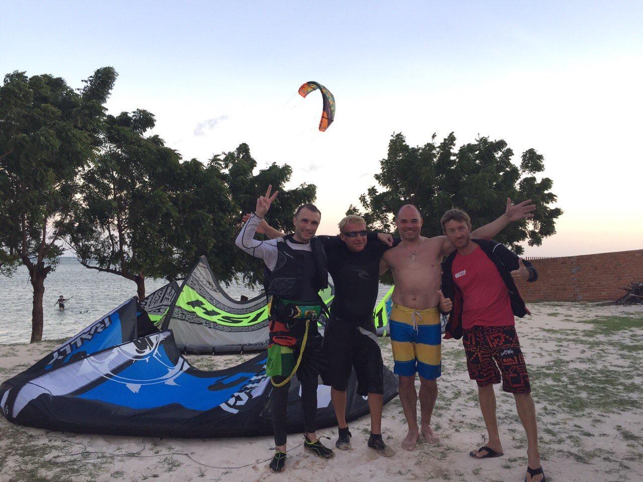 кайтсерфинг в фанганге kitesurfing vietnam nha trang